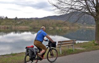 Fränkisicher Marienweg-Südroute-BayerYogi mit dem Fahrrad am Main